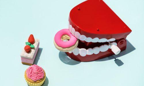 Vplyv stravovacích návykov na vznik zubného kazu nielen detí